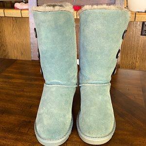 Milanao Dark powder-blue suede, ugg-style boots